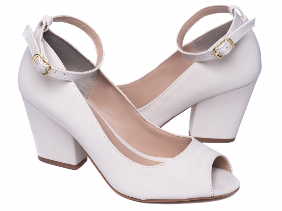 Sapato Peep Toe Feminino